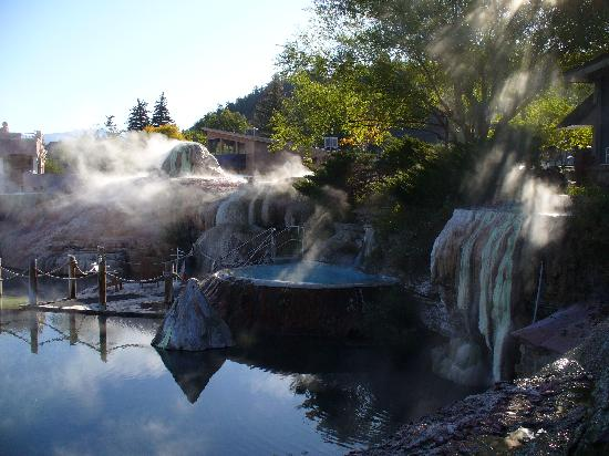The Springs Resort & Spa: Mornining is steamy