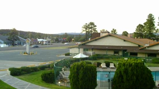Quality Inn Payson: Highway from 204