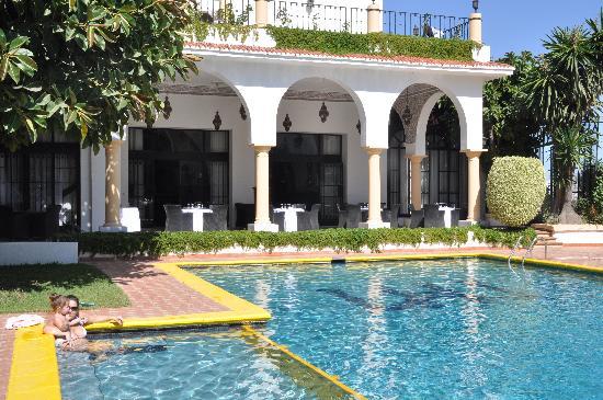 piscine photo de el minzah hotel tanger tanja tripadvisor. Black Bedroom Furniture Sets. Home Design Ideas