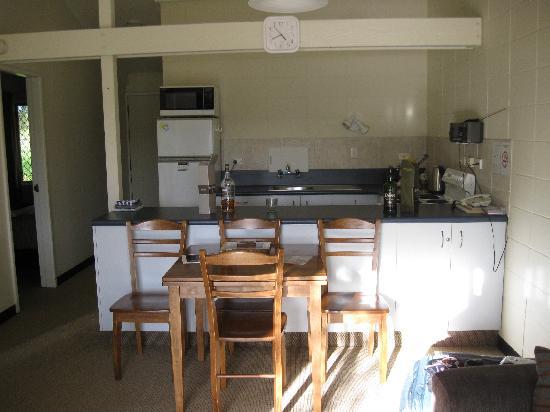 Waikanae Beach Motel: Our Room(s)