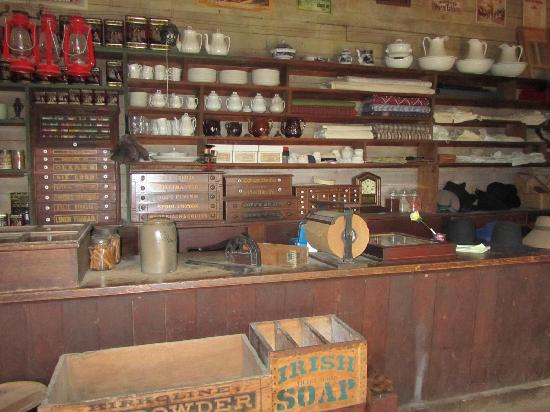 Harkin Store: Stuff at the general store