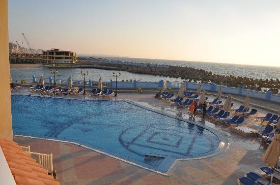 Mediterranean Azur Hotel: View from balcony