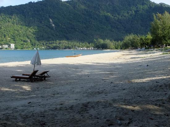 Khanom Hill Resort: Wundervoller Strand