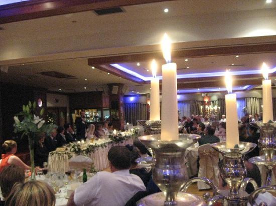 Falls Hotel & Spa: Wedding function room