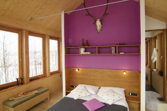 Hofgut Hafnerleiten: Baumhaus - Schlafen mit Weinblick