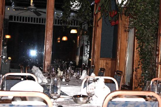 Auberge A La Fontaine: Comfortable seating