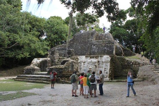 Fantasea Belize Day Tours: Lamanai