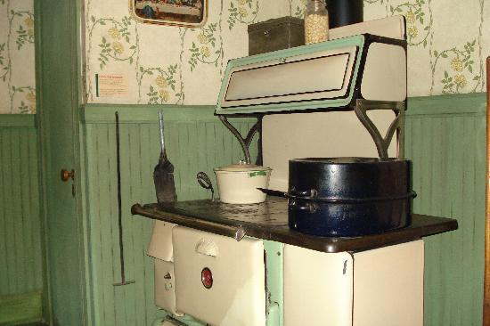 Altoona Railroaders Memorial Museum: kitchen