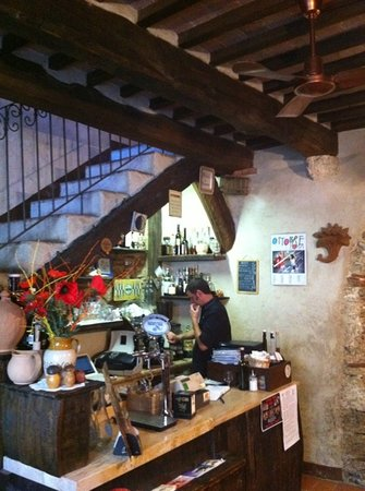 Bagni di San Filippo, Italie : Inside