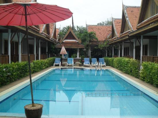Bangtao Village Resort: View of villas and pool