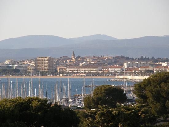 Residence Acquarine : Vue sur le port St-Raphaël - Fréjus