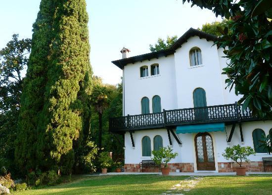 Villa Vega: La villa
