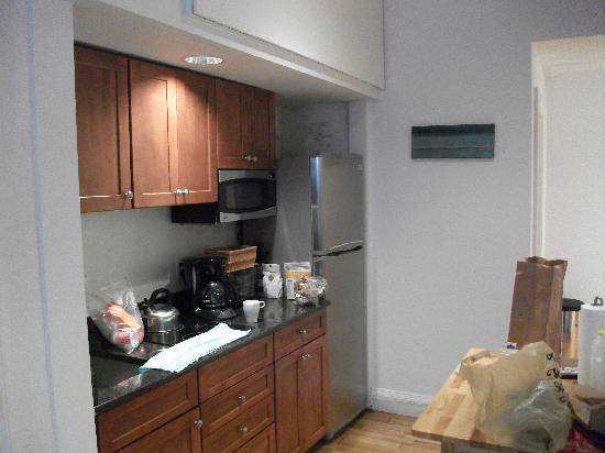 ذا كريستوفر: Kitchen area