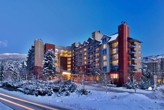 Hilton Whistler Resort & Spa Exterior - Winter