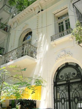Vamos Spanish Academy