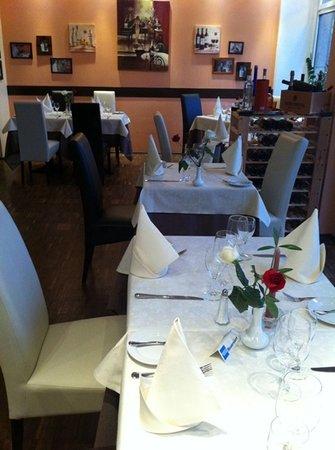 Restaurant & Weinbar Olive