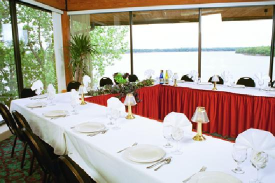 Deer Creek Lodge and Conference Center : Meeting banquet