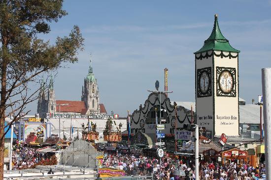 Мюнхен, Германия: Octoberfest 2011