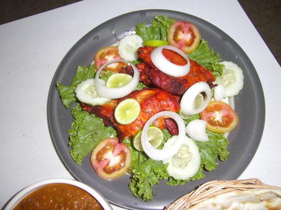 S & S Indian Restaurant : tondori chicken halp 95bt