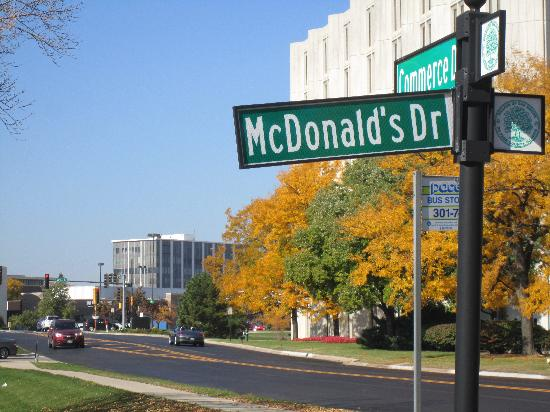 BEST WESTERN PLUS Oakbrook Inn: McDonald's Headquarters near Oakbrook Inn