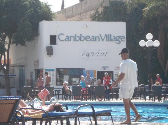 Caribbean Village Agador: bar/animation area