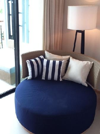 Holiday Inn Phuket Mai Khao Beach Resort : siting area