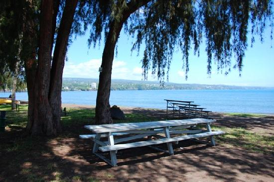 Pakalana Inn: Hilo Bayfront sleepy torpor