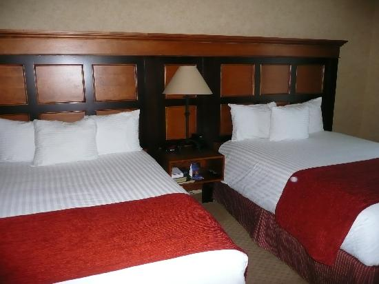 Diamond Mountain Casino and Hotel : beds