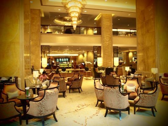 โรงแรมแชงกรี-ล่า กัวลาลัมเปอร์: Lobby