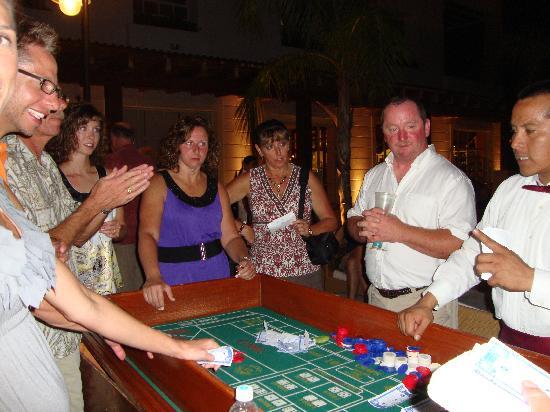 Excellence Playa Mujeres: Casino night