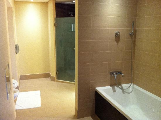 Hilton Ras Al Khaimah Resort & Spa: Bad