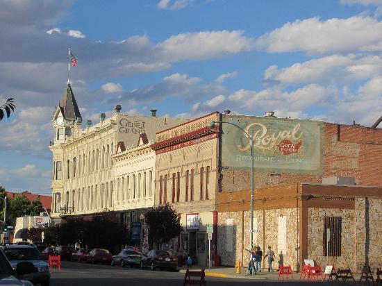 Geiser Grand Hotel: Main Street