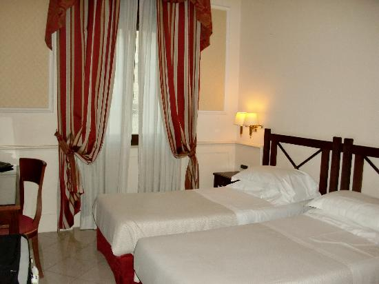 Palazzo Cardinal Cesi: Really comfortable beds