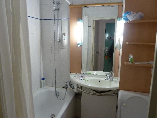 Ibis Paris Maine Montparnasse 14eme : baño
