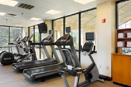 DoubleTree Suites by Hilton Hotel Philadelphia West: Cardio Room