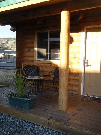 Cody Cowboy Village: Our Queen end unit, 122.