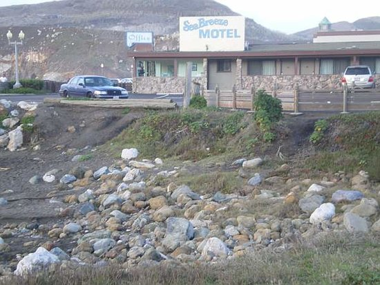 Sea Breeze Motel