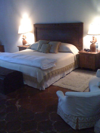 Casa Capuchinas: Comfortable and spacious rooms