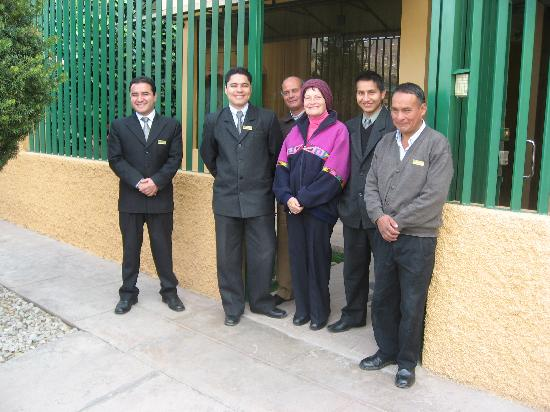 Hotel Torre Dorada: Peggy and her staff