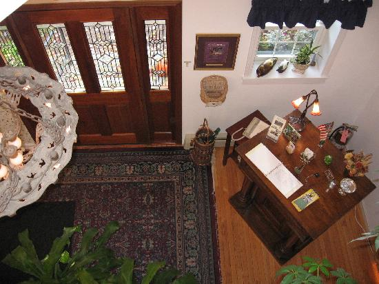The Cabernet Inn: View from the second floor hallway