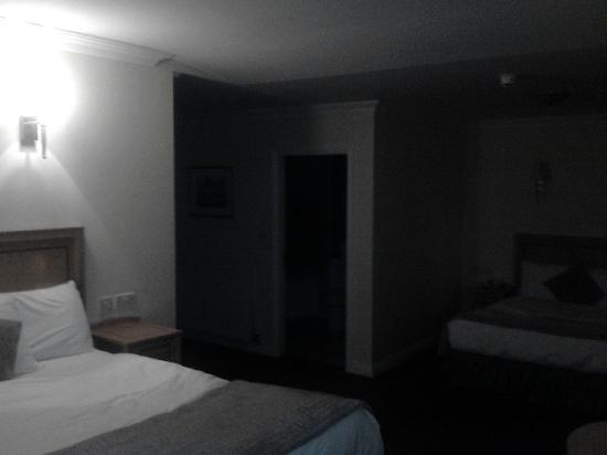 The Western Hotel: Lovely comfy bed