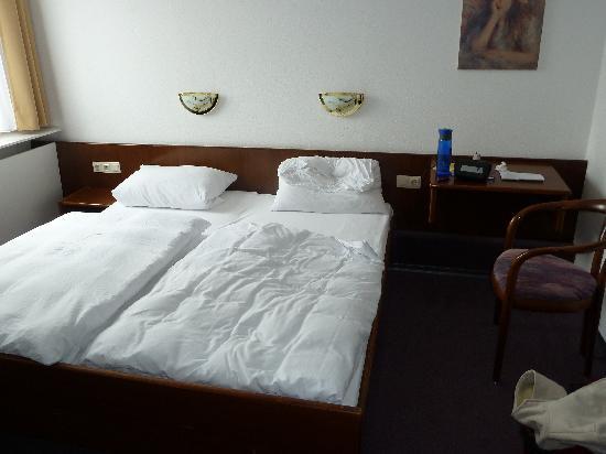 Hotel Garni Rosengarten: Room 42