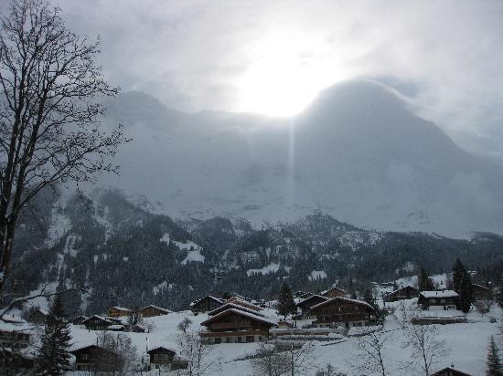 Grindelwald, سويسرا: Grindelwald, Sun over the Alps