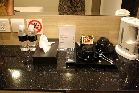Marrison Hotel: room 407