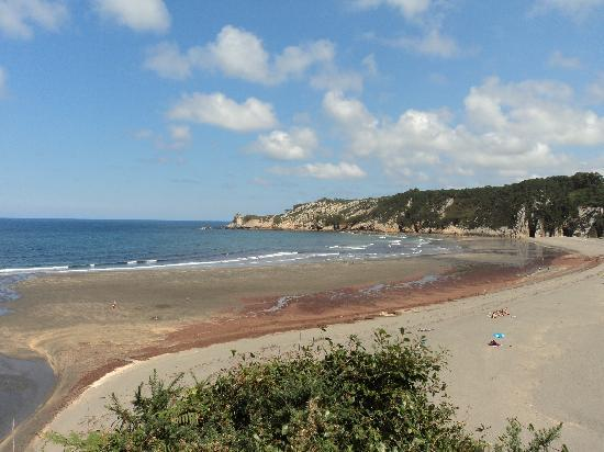 Hotel Villa Auristela: la playa de barayo, reserva natural