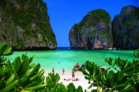 Andaman Leisure Phuket Co., Ltd.: maya bay