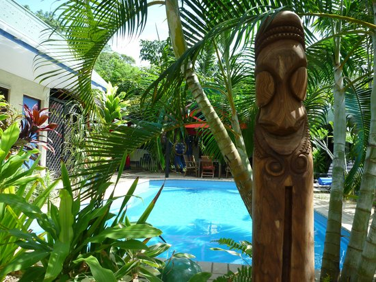 Traveller's Budget Motel: A custom hand-carved tamtam watches over our motel night and day