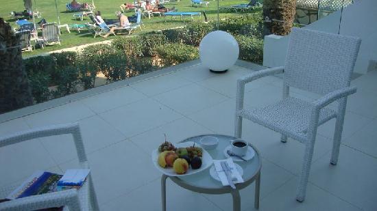 Odessa Beach Hotel: The beautiful veranda of suite # 052