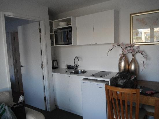 The Victoria Apartments: Handy little kitchenette