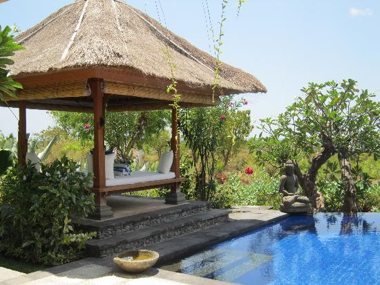Santi Sari Boutique Hotel: a perfect place to spend your day..